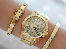 vardiniai laikrodžiai